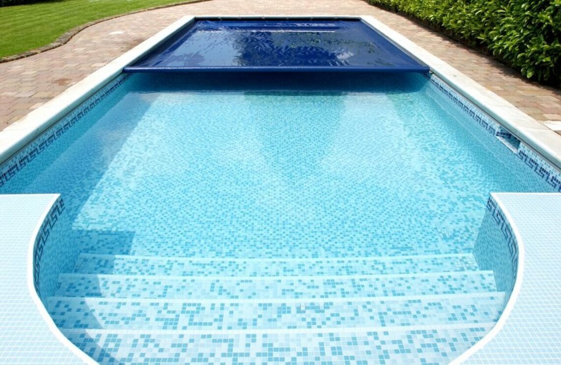 Best Solar Pool Cover for Inground Pool